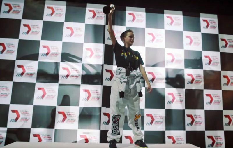 Гонки дронов: чемпион 2016 года.
